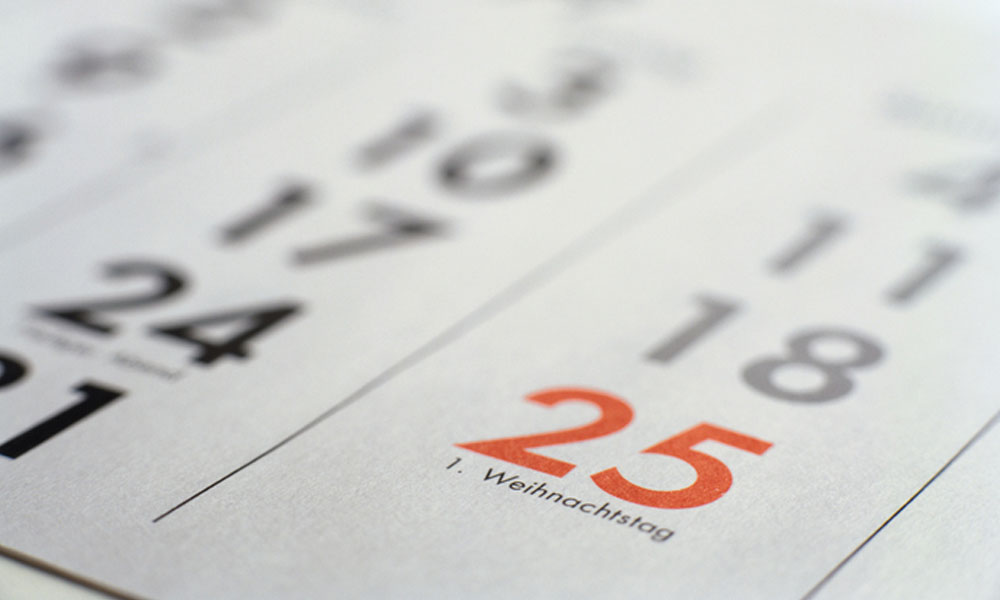 advantages of weekly payroll - calendar